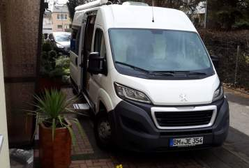 Hire a motorhome in Wesseling from private owners| Peugeot   Emma