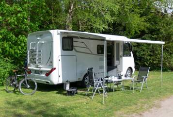 Hire a motorhome in Schwentinental from private owners| Hymer Luxi