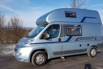 Hire a motorhome in Wülfershausen a. d. Saale from private owners| Pössl  Lago Azzuro