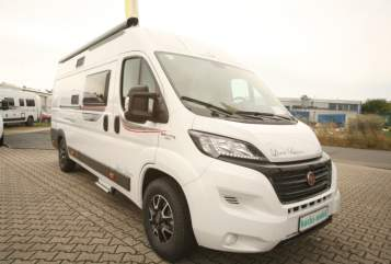 Hire a motorhome in Witten from private owners| Rollerteam Bianco
