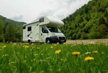 Hire a motorhome in Markkleeberg from private owners| Fiat Ducato  Womothiele