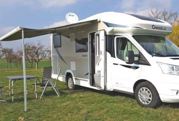 Hire a motorhome in Deckenpfronn from private owners| Chausson Dreamliner