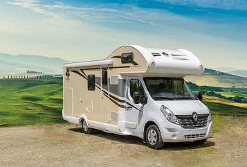 Hire a motorhome in Dietzenbach from private owners| Ahorn Villa Reiner