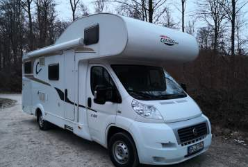 Hire a motorhome in Ebersbach an der Fils from private owners| CARADO Luxus Lotte