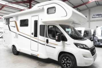 Hire a motorhome in Reinbek from private owners| Eura Mobil Elisabeth