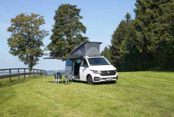 Hire a motorhome in Freising from private owners| VW CaliforniaOcean