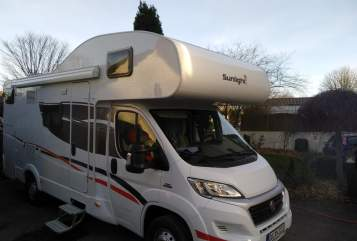 Hire a motorhome in Dortmund from private owners| Sunlight Theobald Wuzzi