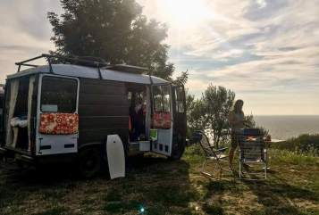 Hire a motorhome in Tilburg from private owners  Mercedes-Benz  Vanlife