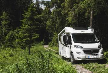 Hire a motorhome in Speyer from private owners| Carado Carado T447