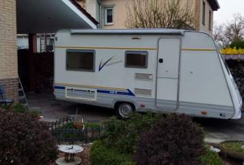 Hire a motorhome in Berlin from private owners| Bürstner Elena