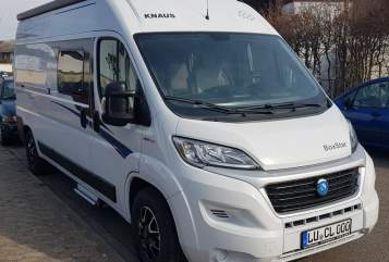 Hire a motorhome in Ludwigshafen am Rhein from private owners| Knaus camperlu family