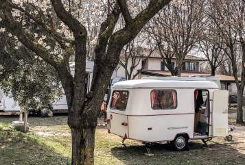 Hire a motorhome in Sasbach from private owners| Eriba Wohni