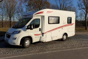 Hire a motorhome in Fürth from private owners| Fiat Ducato  Victoria