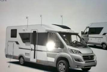 Hire a motorhome in Düsseldorf from private owners| Citroen 2,0 Blue Hdi 120 Kw (160PS) HOBBIT  2