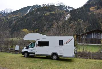 Hire a motorhome in Passau from private owners| Roller Team Kronos 295 Silvies Camper