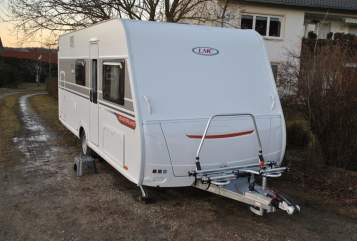 Hire a motorhome in Hohenkammer from private owners| LMC Luzie³