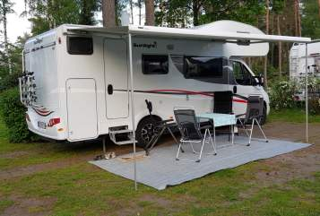 Hire a motorhome in Filsum from private owners| Sunlight Sunny