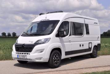 Hire a motorhome in Putzbrunn from private owners| Pössl BELLA -2019 neu