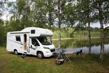 Hire a motorhome in Düsseldorf from private owners| Dethleffs Düsselwomi