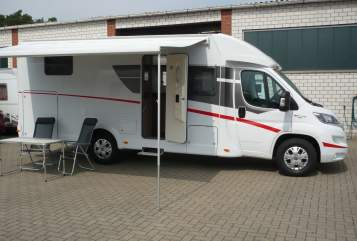 Hire a motorhome in Lotte from private owners| Sunlight Dreammobil