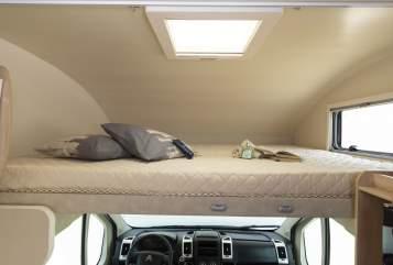 Hire a motorhome in Allershausen from private owners| PLA Leylaysusgemela