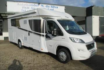 Hire a motorhome in Ratekau from private owners| Carado Carado T447