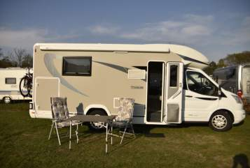 Hire a motorhome in Berne from private owners| Chausson Titan