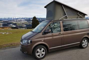 Hire a motorhome in Scheidegg from private owners| VW Bulli - Arno
