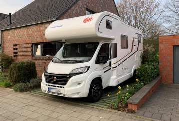 Hire a motorhome in Meerbusch from private owners| Eura Mobil Emil