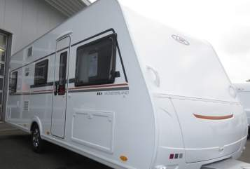 Hire a motorhome in Nottuln from private owners| LMC Stylie