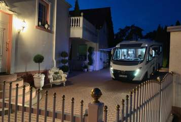 Hire a motorhome in Niefern-Öschelbronn from private owners| Fiat  WolliMobil