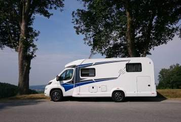 Hire a motorhome in Grafing b. München from private owners| Knaus Xaverl