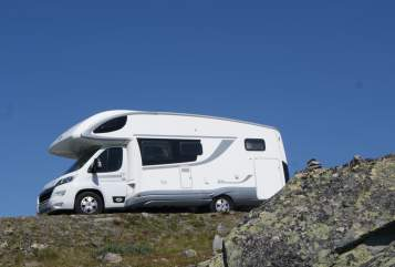 Hire a motorhome in Gau-Odernheim from private owners| PLA  MOFENO