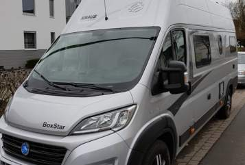 Hire a motorhome in Hamburg from private owners| Knaus Thormar