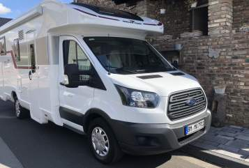 Hire a motorhome in Bergheim from private owners| Roller Team Paddy