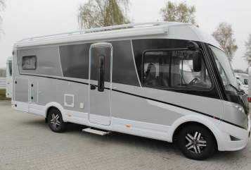 Hire a motorhome in Wildeshausen from private owners| Dethleffs  Emilie