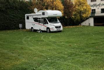 Hire a motorhome in Kreis Iserlohn from private owners| Sunlight Franz