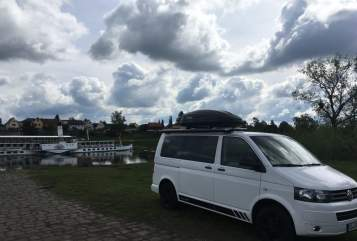 Hire a motorhome in Dresden from private owners| VW  Erich*New*