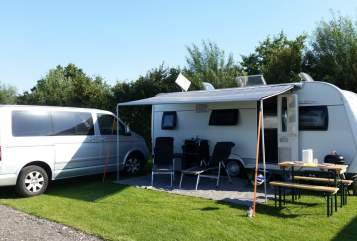 Hire a motorhome in Nienborstel from private owners| Hobby Ohrti