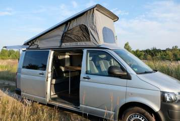 Hire a motorhome in Potsdam from private owners| VW Frohmut