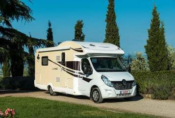 Hire a motorhome in Heroldstatt from private owners| Ahorn Hörnchen TQ