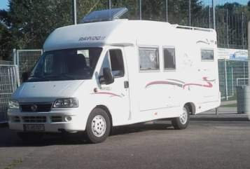 Hire a motorhome in Freiburg im Breisgau from private owners| Fiat  Enjoy