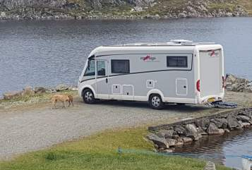Hire a motorhome in Leiden from private owners| Carthago Camperevenement