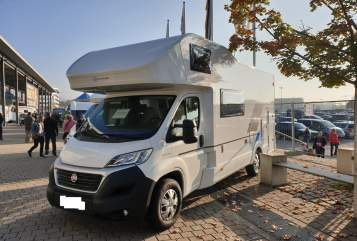 Hire a motorhome in Weingarten from private owners| Sun Living  8Sitzer3.5t AHK
