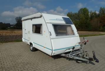 Hire a motorhome in Hohentengen from private owners| Eifelland ReiseTraumWagen