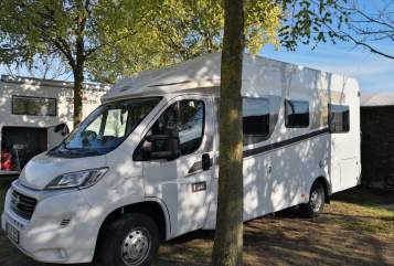 "Hire a motorhome in Kiel from private owners| Carado ""A&B"""