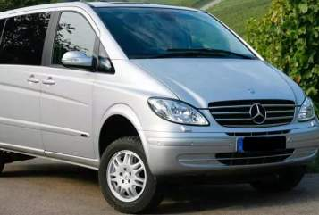 Hire a motorhome in Leipzig from private owners| Mercedes Viano Momo