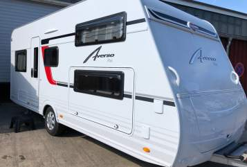 Hire a motorhome in Berlin from private owners| Bürstner Averso-one
