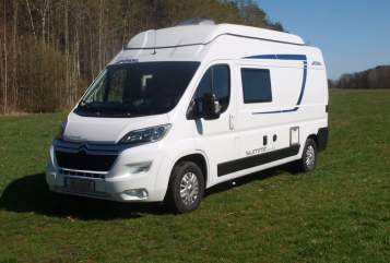 Hire a motorhome in Wittichenau from private owners| Pössl Buddy