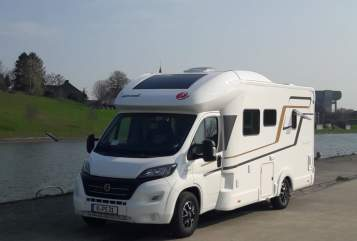 Hire a motorhome in Köln from private owners| Eura Mobil Eura